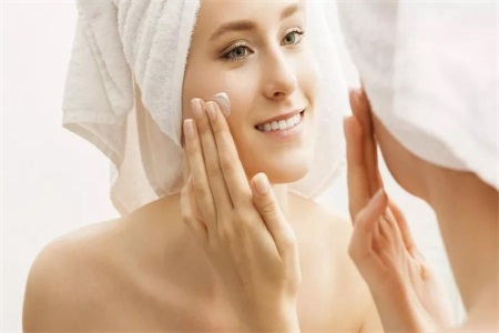 油性皮肤怎么改善?皮肤过敏怎么办?这些事让人变美