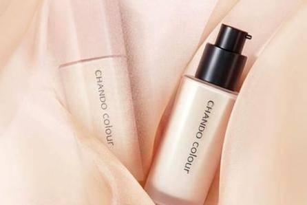 混合性皮肤痘肌T区总脱妆出油 选对粉底液很重要