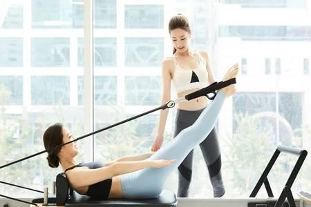 普拉提和瑜伽的区别 普拉提和瑜伽哪个减肥效果好