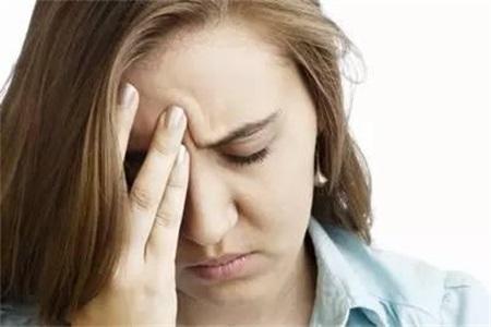 甲亢症状 甲减的症状,甲亢和甲减都有什么危害?如何治疗