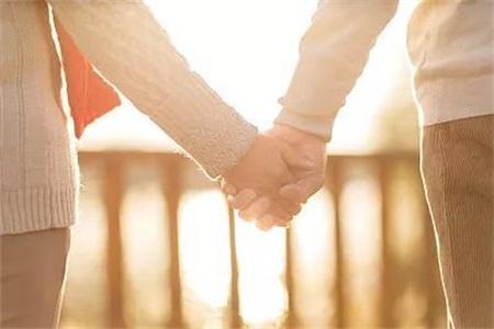 夫妻如果感情上和睦,事业上也会顺风顺水