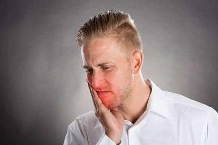 牙龈肿痛怎么办?三种处理方式无效后需要认清这一点