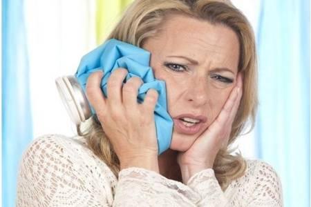 缓解牙疼的8个简单方法,用家中食材就能马上止痛