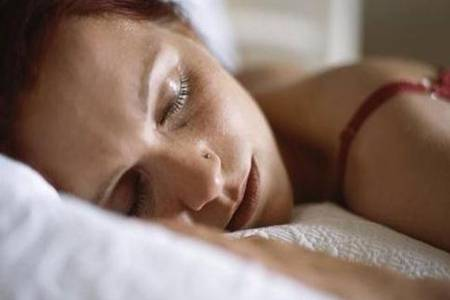 睡觉流口水什么原因 成人睡觉流口水是得了什么病