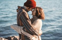 青梅竹马的爱情由于我的强势导致分离