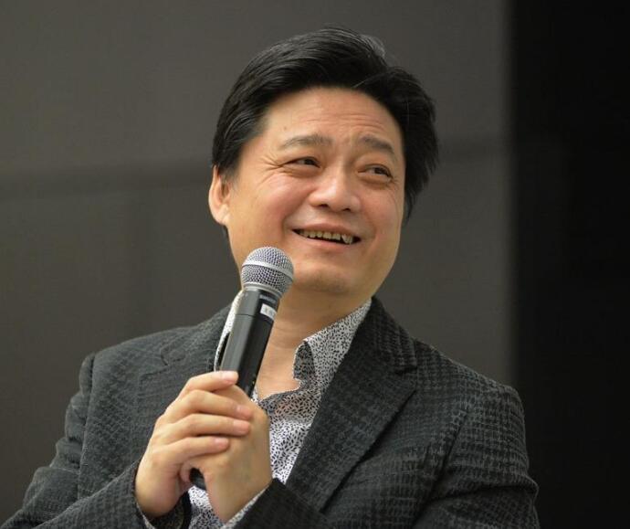 政府怎么看崔永元