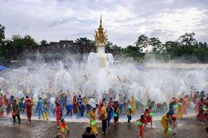 2018年泰国泼水节是哪一天 每年的4月13-15日(泰国新年)