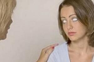 俄罗斯17岁女孩透视眼 透过身体看到五脏(拯救万人)