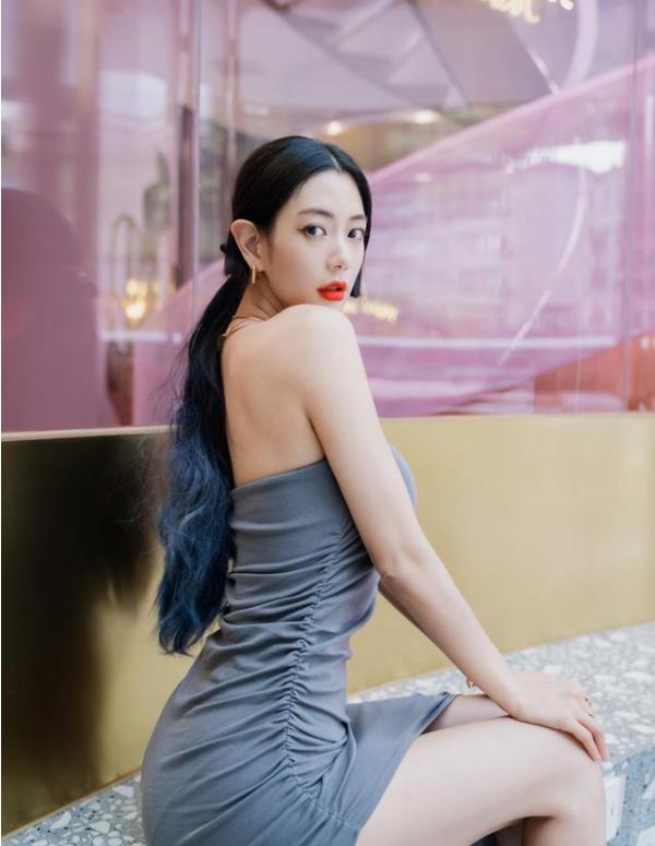 李成敏的电影《深爱》