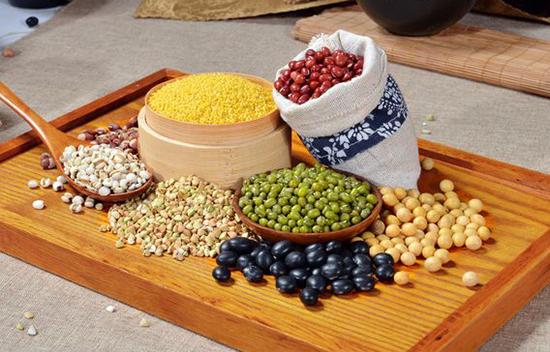六类常见食物对2型糖尿病的影响