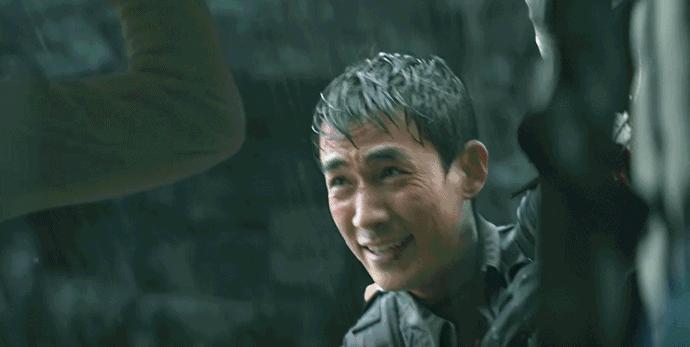 《峰爆》朱一龙谱写基建人救援史诗,展现了大无畏精神