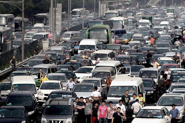 公安部交通管理局部署开展国省道货车超限超载违法行为专项整治行动