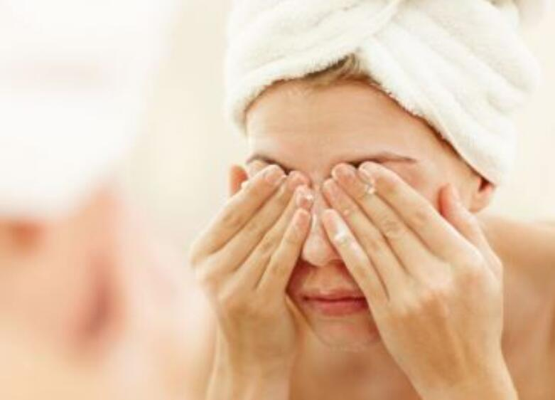 秋季皮肤干燥 护肤要远离这些误区
