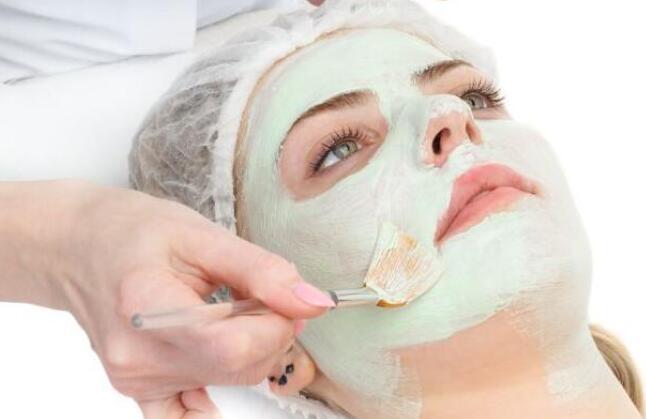 秋季敷面膜后需要洗脸吗 护肤要注意哪些