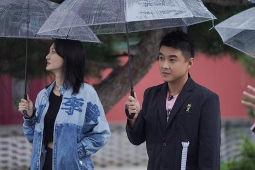 王皓闫博雅夫妇亮相新综艺,8年婚姻长跑甜蜜如初