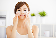 秋天皮肤干燥怎么办 秋天皮肤干燥应该怎么改善
