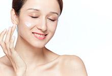 脸上卡粉起皮怎么补救 脸上卡粉起皮的补救方法